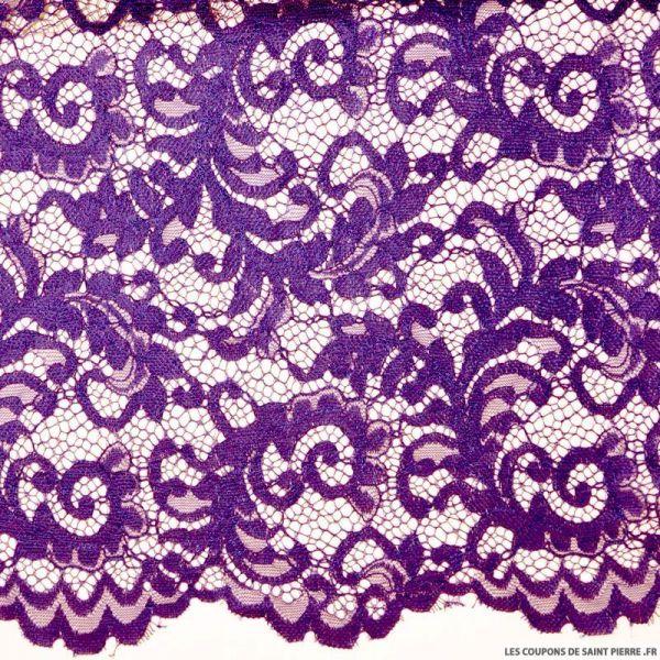 Dentelle festonnée violet