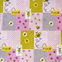 Coton imprimé patchwork abeille fond rose