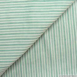 Coton ajouré rayé vert