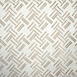 Tulle polycoton trait diagonale fond blanc