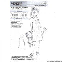 Patron n°418 657 Modes & Travaux - Robe à encolure coulissée pour fillette et poupée