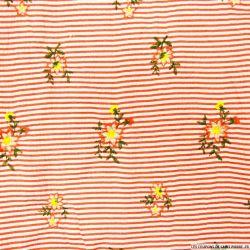 Seersucker polyester brodé fleurs rayé rouge