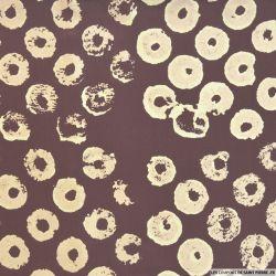 Crêpe georgette de soie donuts fond chocolat