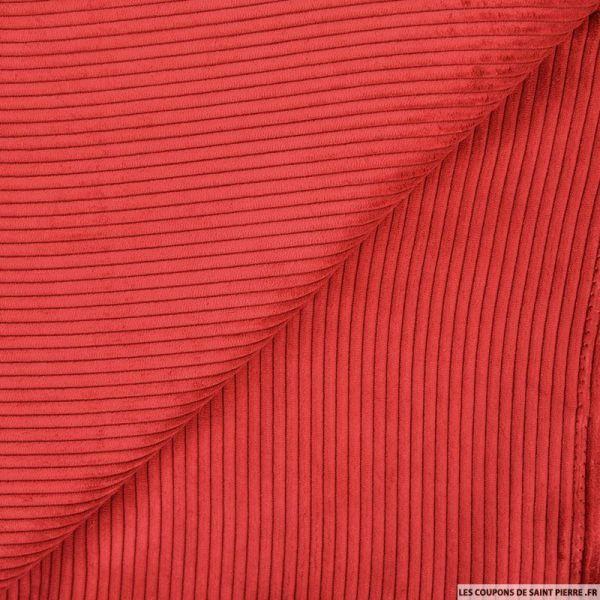 Velours côtelé rouge