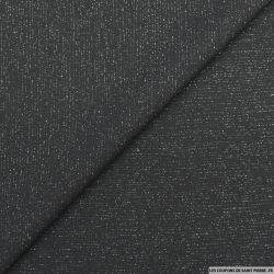 Crêpe polyester noir fines rayures lurex argent envers satin