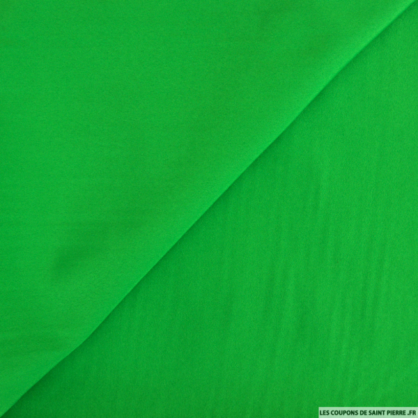 Crêpe polyester vert