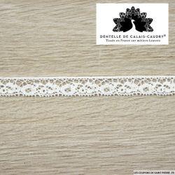 Ruban de Dentelle de calais® blanc fine floral au mètre