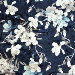 Velours ras polyviscose imprimé fleurs japonaises fond marine