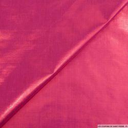 Tissu polyester lamé fuchsia changeant violet
