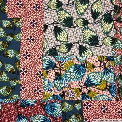 Crêpe polyester imprimée patchwork folk bordeaux