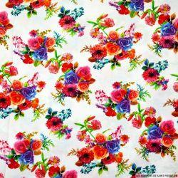 Viscose imprimée bouquets de fleurs fond blanc