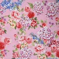 Coton imprimé bucolique fond rose