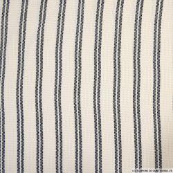 Crêpe polyester ajouré imprimé rayures noir fond écru