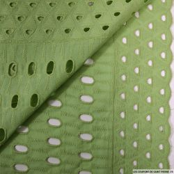 Broderie anglaise totem vert anis