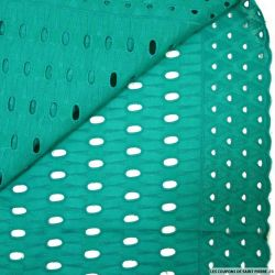 Broderie anglaise totem vert canard