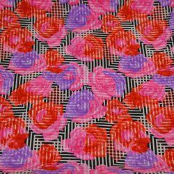 Microfibre imprimé roses rose fond noir géométrique