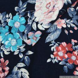 Double gaze jardin en fleur sur fond bleu