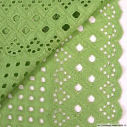 Broderie anglaise cyclope vert anis