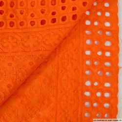 Broderie anglaise cible orange