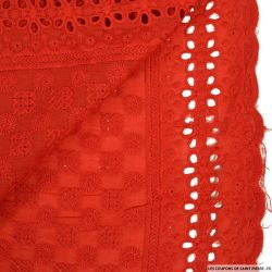 Broderie anglaise damier rouge