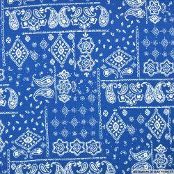 Coton imprimé motif bandana classique fond bleu