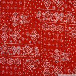 Coton imprimé motif bandana classique fond rouge