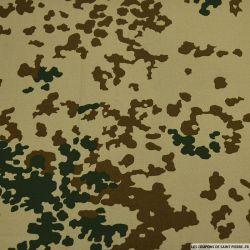 Toile imprimée camouflage moucheté sable
